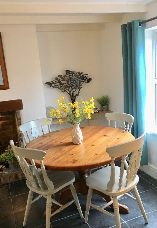 Min-Y-Ffordd Dining Table.jpg