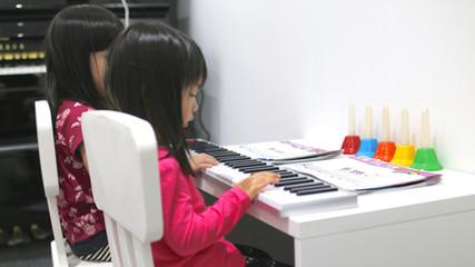 Little Pianist Prodigy
