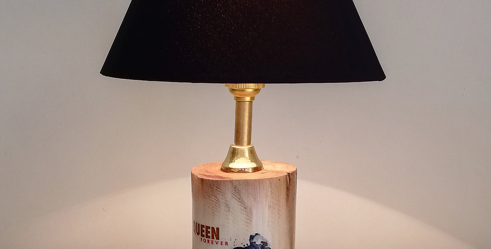 Queen Tree Trunk Lamp