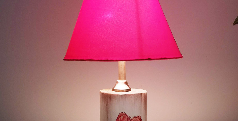 Tree Trunk Lamp: Tulips