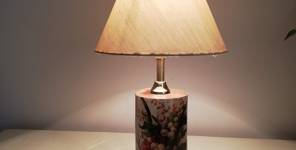 English Rose Tree Trunk Lamp