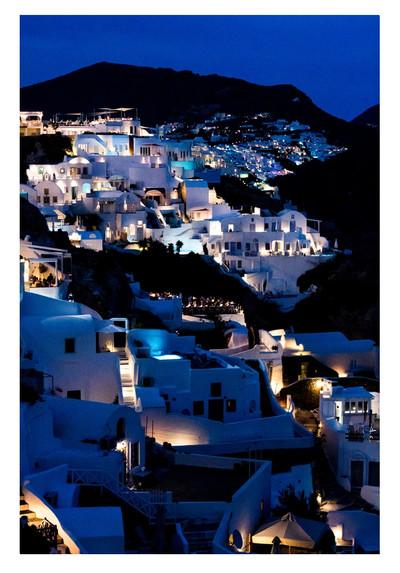 06 Connor Morss_Fira Santorini.jpg