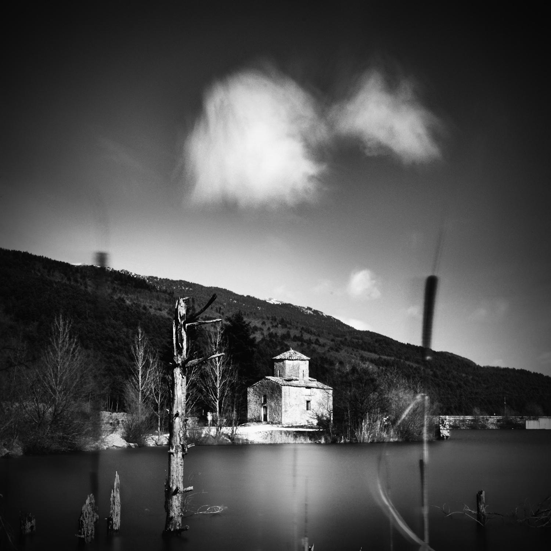 Lake Doxa4_chapel