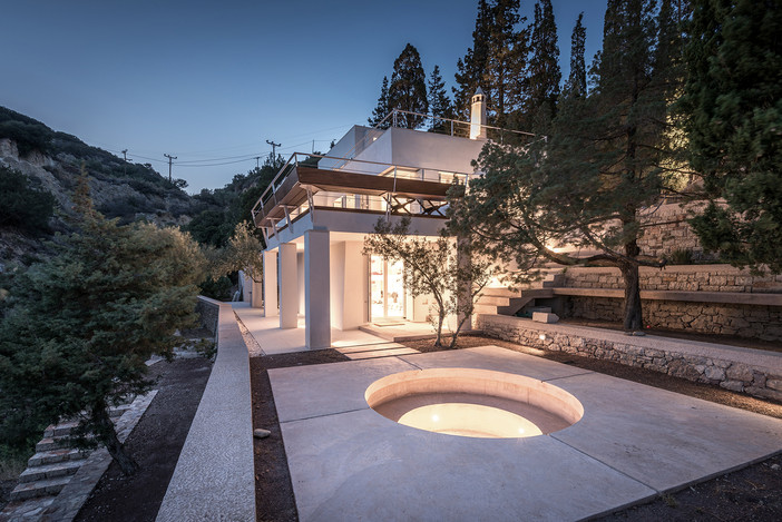 Cypress Creek residence featured on Designboom