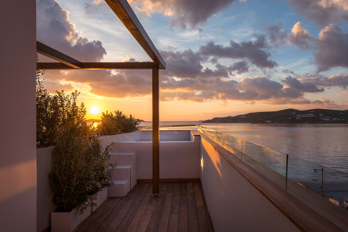 Project update - SHAPES Luxury Suites in Syros island