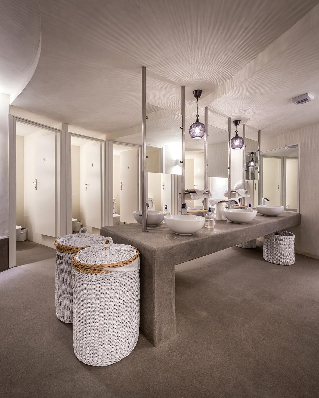 54_TRU toilets_800_9194