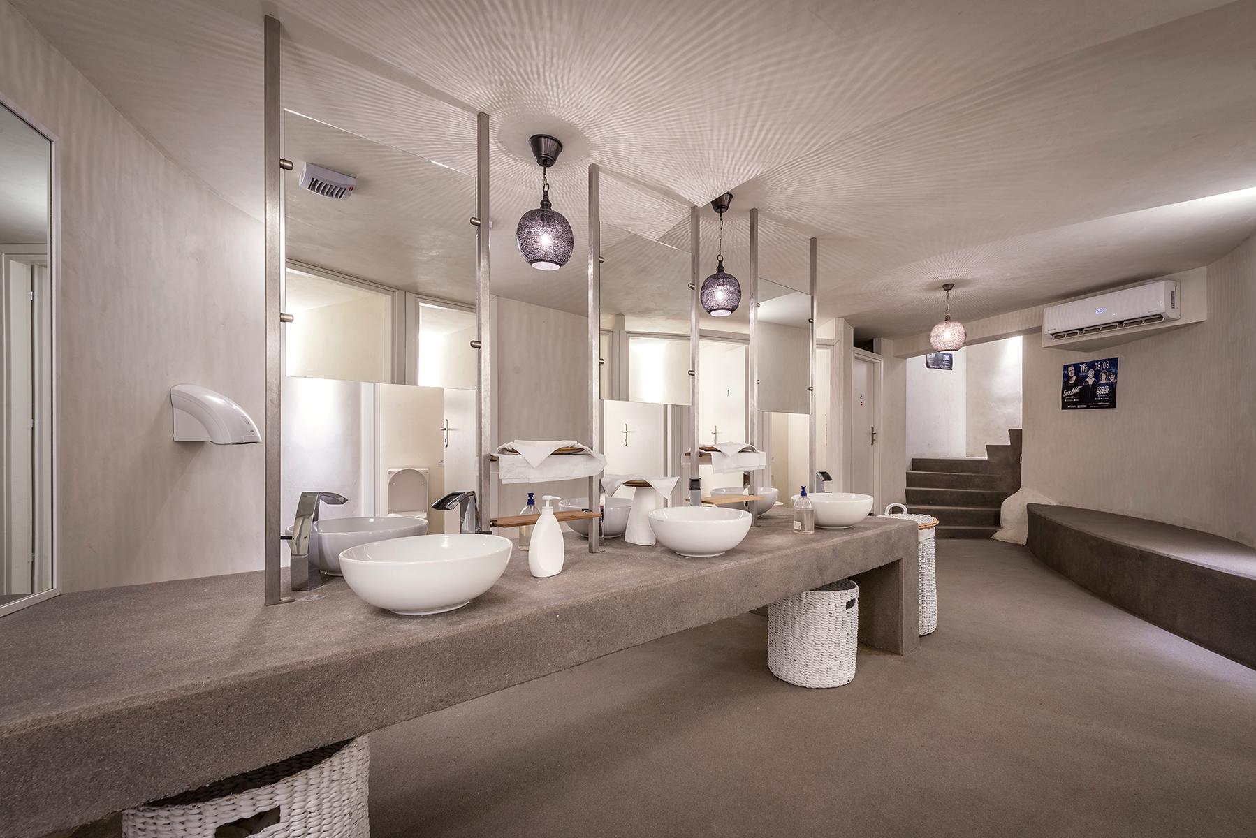 58_TRU toilets_800_9197