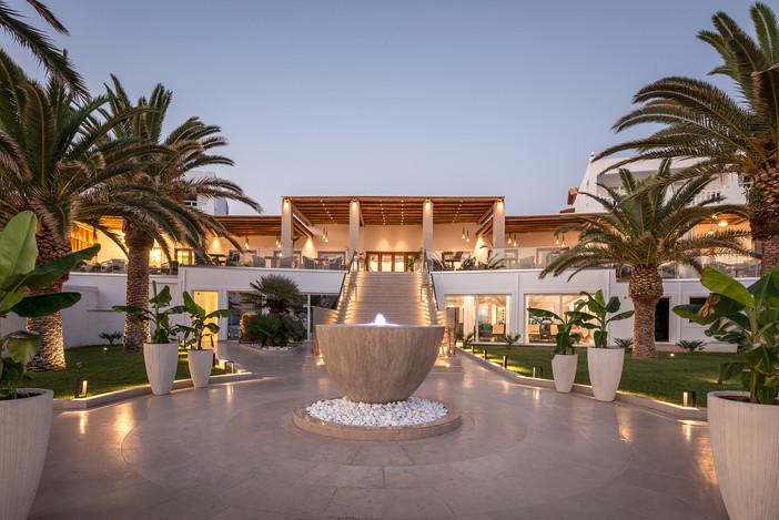 Mitsis Rinela Hotel featured on Kataskeves Ktirion