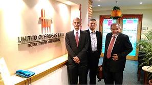 """Lawatan 4PM ke UOB Bank untuk meneruskan perbincangan mengenai penyelesaian kompromi. Terima Kasih kepada Timbalan Presiden di bahagian """"Secured Loan"""" yang telah memberi kerjasama yang baik"""