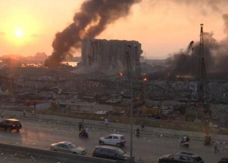 Deux énormes explosions font 73 morts et 3700 blessés à Beyrouth