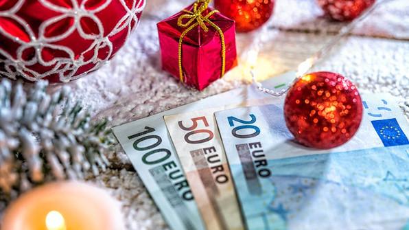 Prime de Noël : de combien est-elle et qui pourra en bénéficier et quand sera- t'elle versée ???