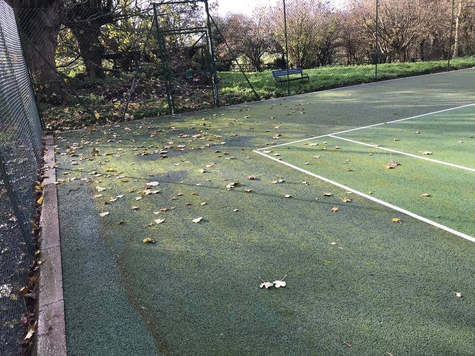 TENNIS COURT CLEANING EASTBOURNE