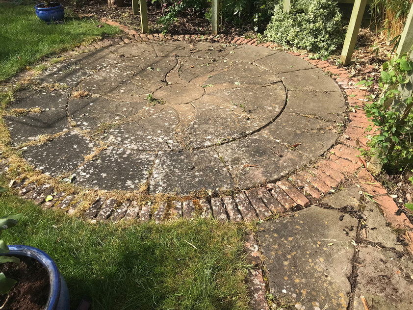 PATIO CLEANING AND TREATING BANBURY OXFORD BRACKLEY NORTHAMPTON