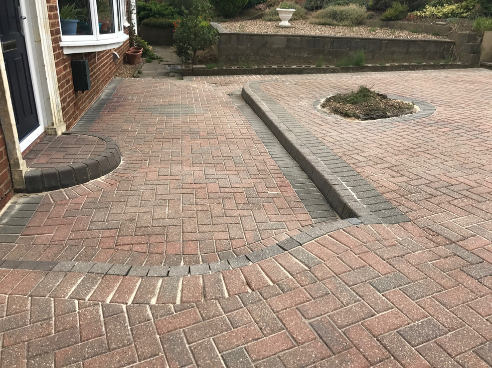 DRIVEWAY CLEANING IN EASTBOURNE