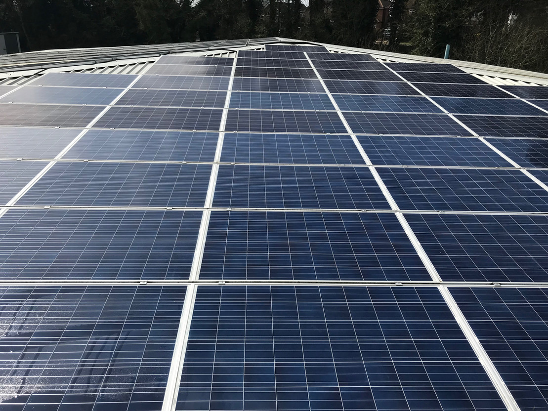 SOLAR PANEL COMMERCIAL CLEANING