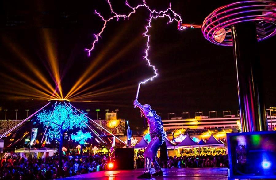 Tesla Lightening