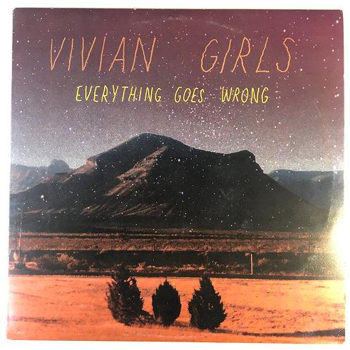 Vivian Girls - Everything Goes