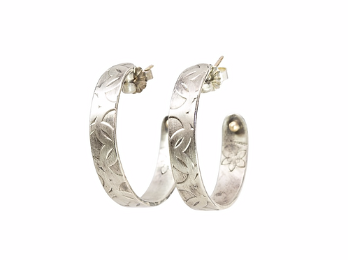 Large embossed MOMENTOS silver hoops