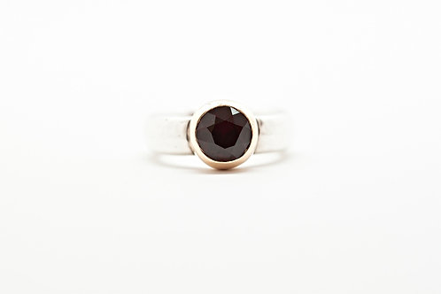 Statement SOLO silver and gold gemstone ring