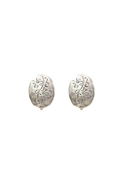 Mini oval MOMENTOS stud earrings
