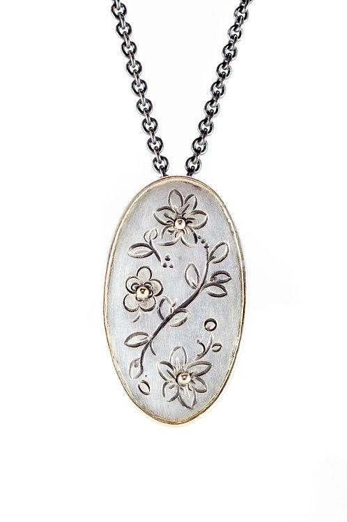 MOMENTOS  signature necklace