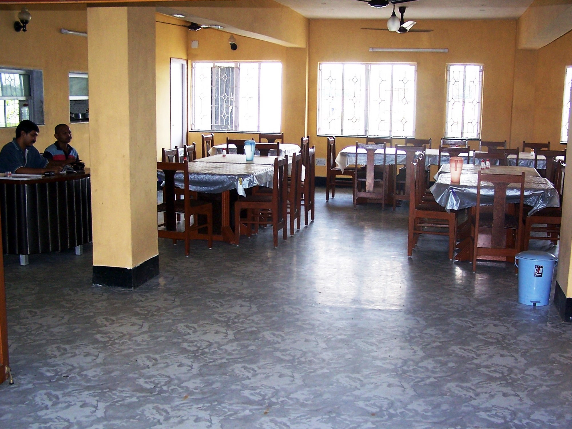 restaurant @ hotel deepak