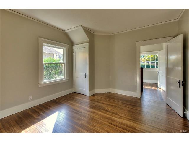4376 5th Street bedroom1