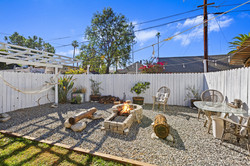 045_Firepit & Seating Area