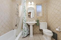 027_Bathroom