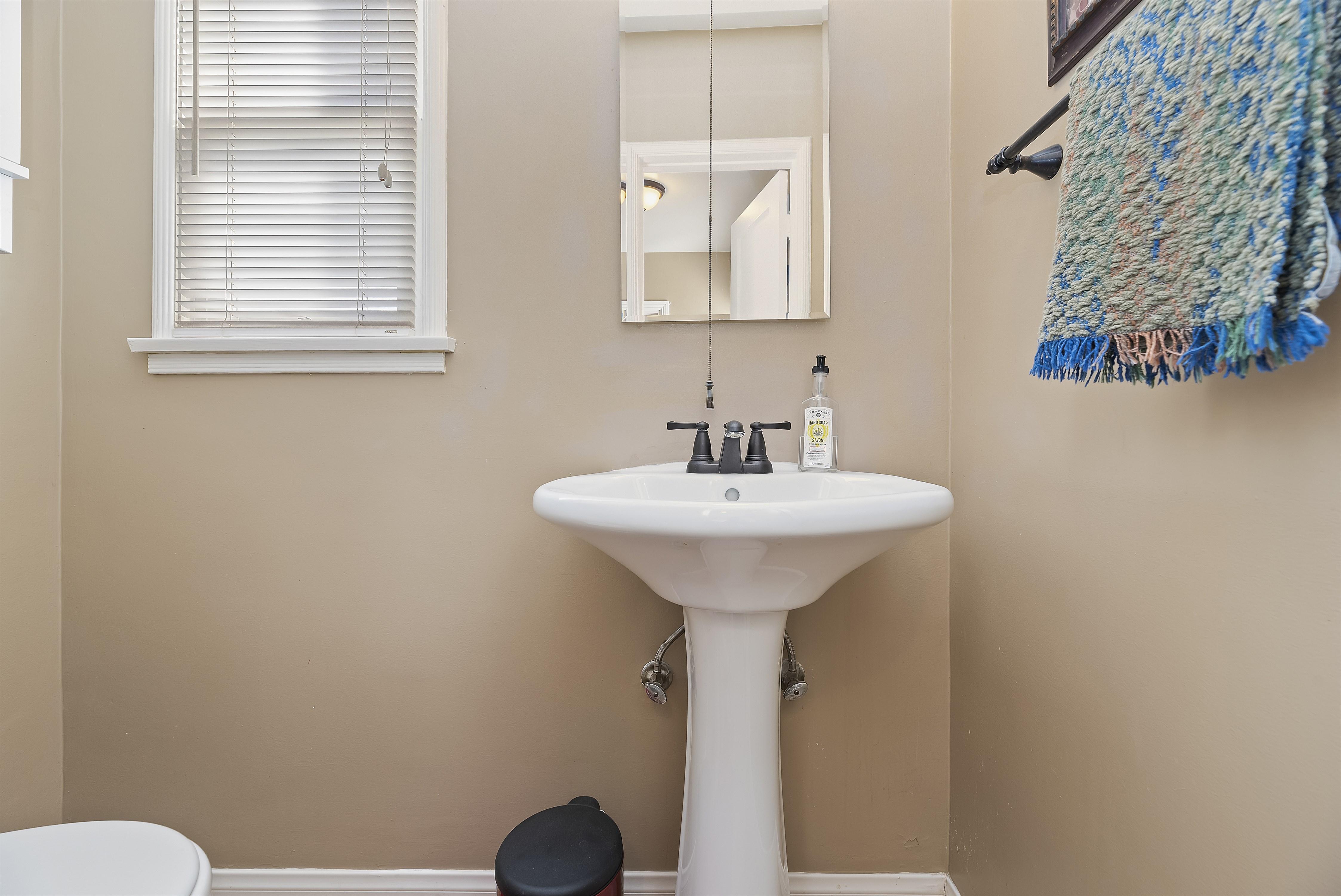 015_Bathroom