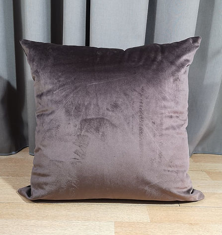 CUSHION VELVET BROWN.jpg