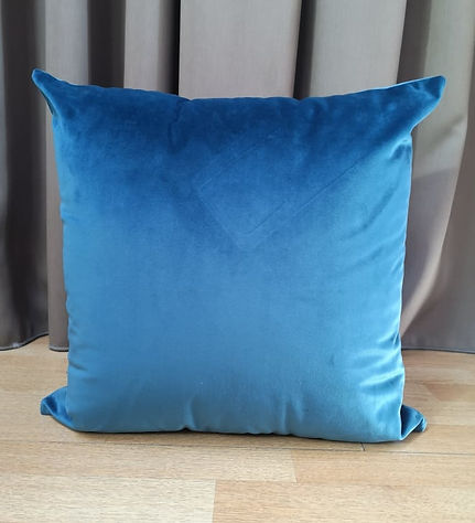 CUSHION VELVET PETROL.jpg