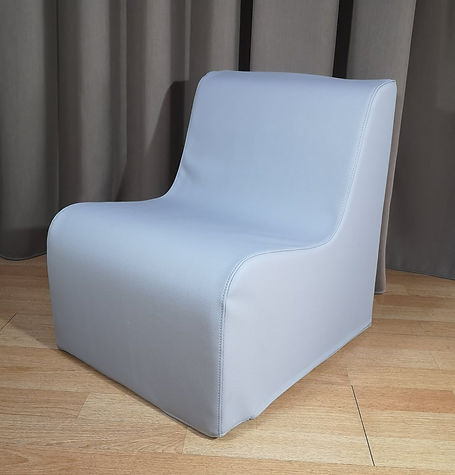 kids chair light grey.jpg