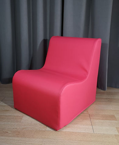 kids chair red.jpg