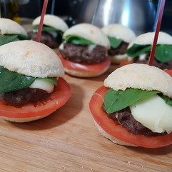 Trop bon! Mini hamburgers avec MV