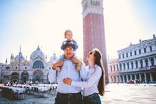 family photo shoot in venice