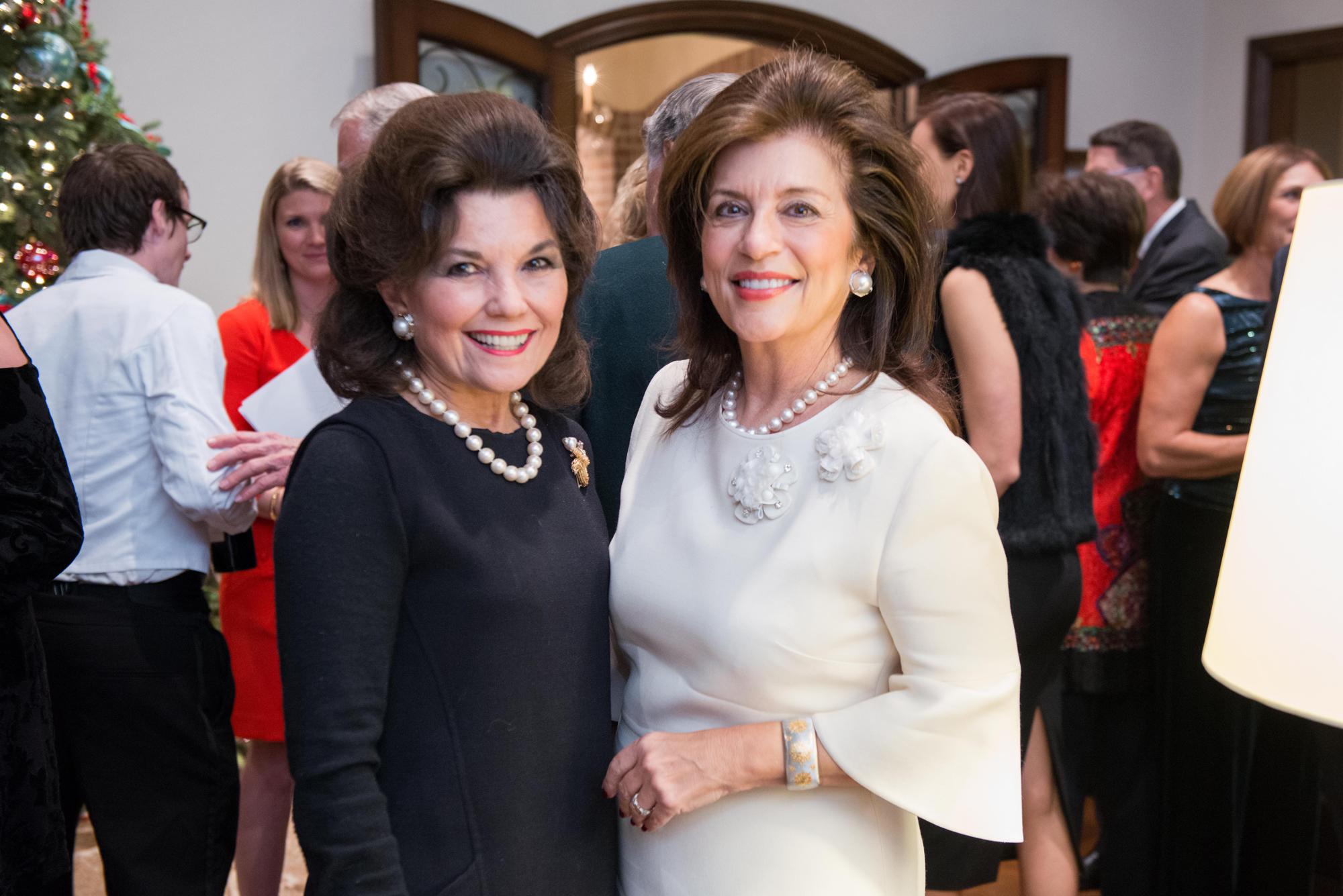 Linda McReynolds, Dancie Ware