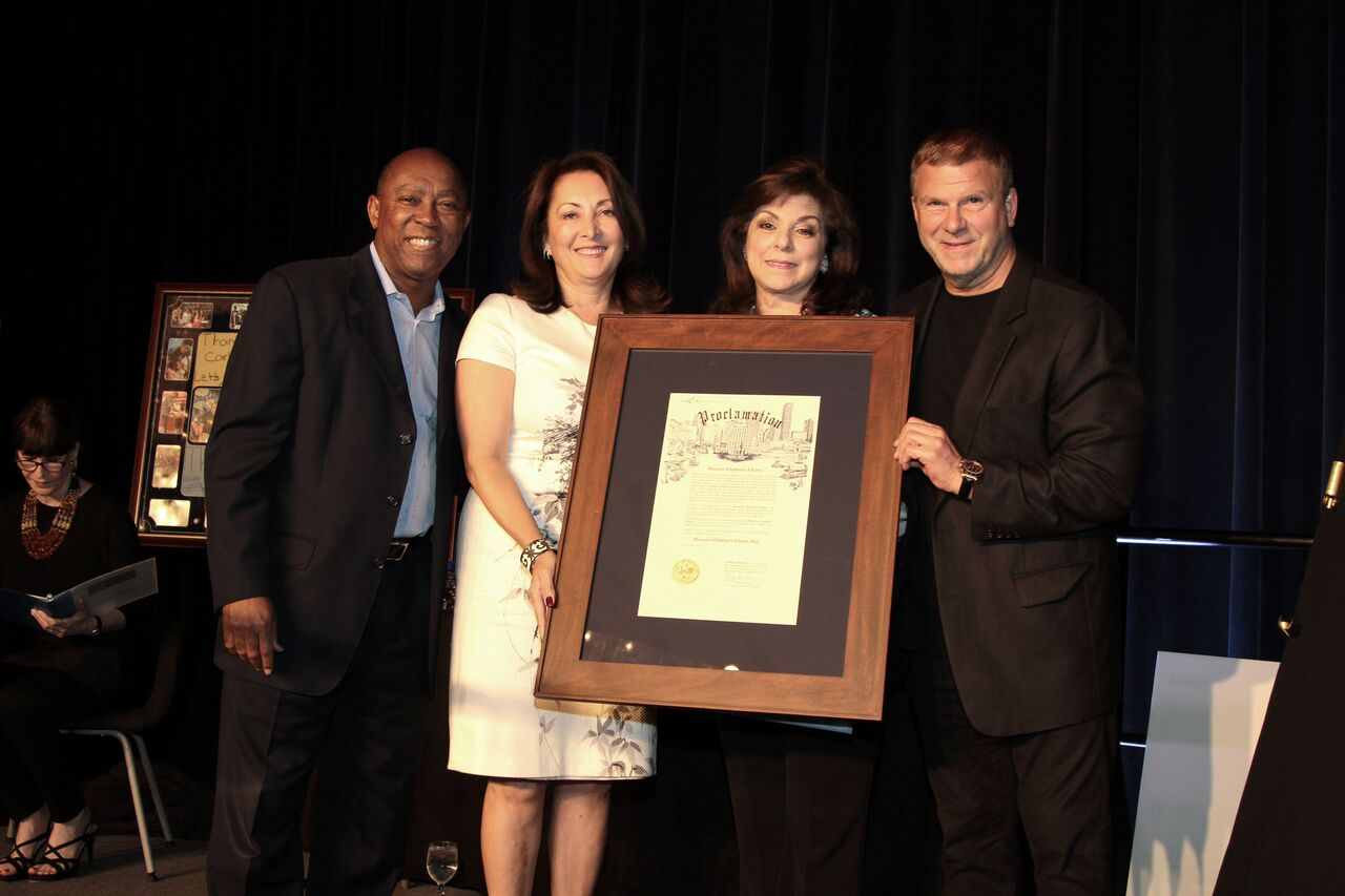 Mayor Turner, Penny Loyd, Laura Ward, Tilman J. Fertitta at the 2016 Two Decades of Caring Luncheon_