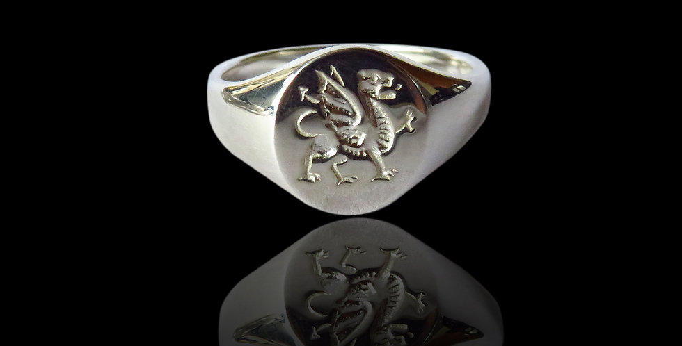 Welsh Design Oval Welsh Dragon Signet Ring Silver Small ERN13