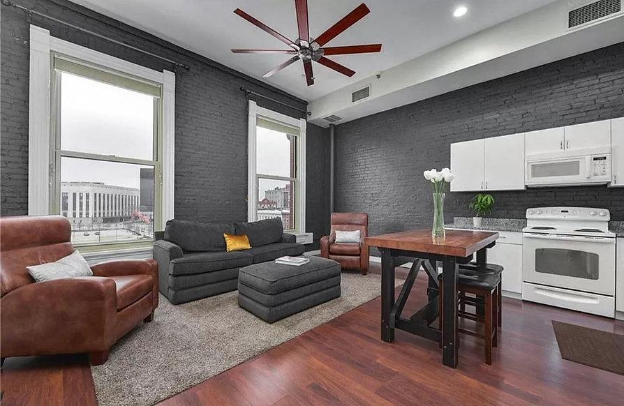 408 W St Clair - Living Room 1.jpg
