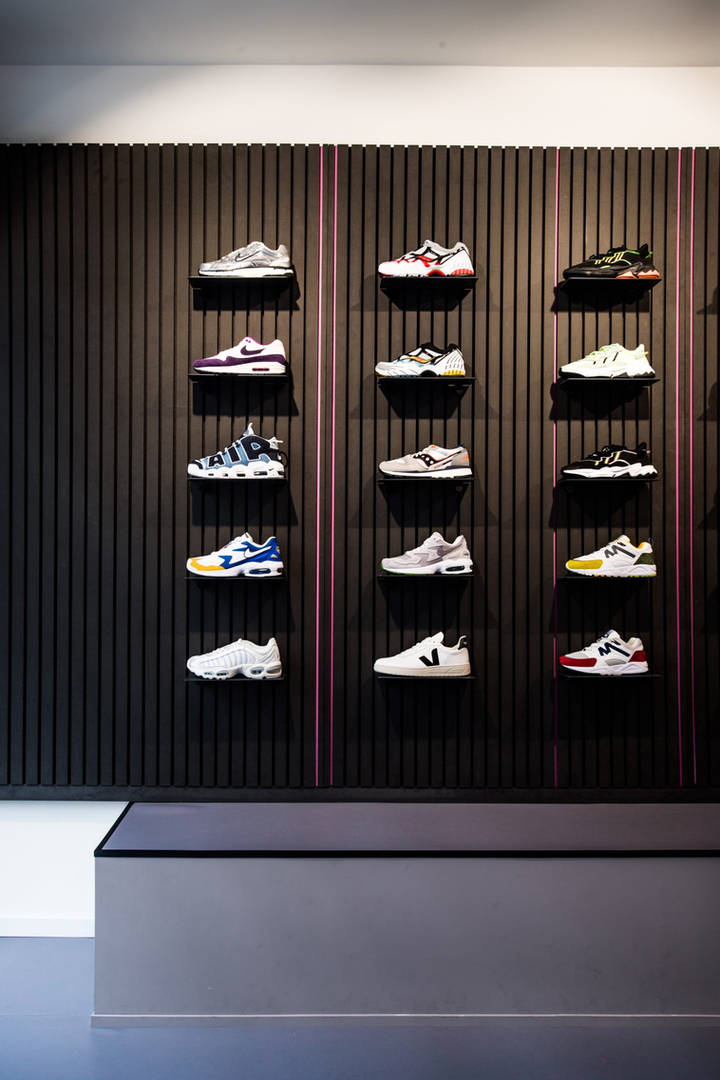 projectbureau-x vs sneakerbaas2.jpg