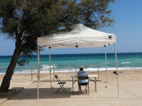 Informadores en la Playa