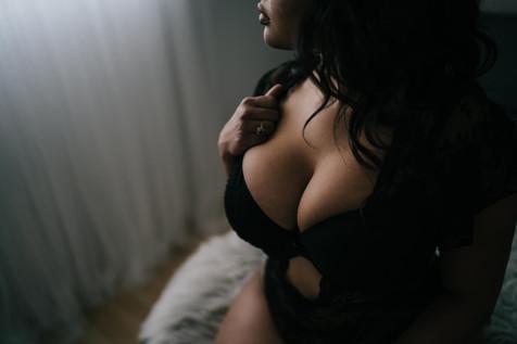 boudoir-photo-shoot-miami-6.jpg