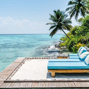 """On location: Photo and video production for multimedia project """"Cool Escapes Maldives"""""""