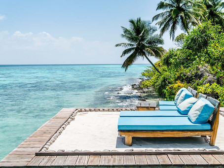 "On location: Photo and video production for multimedia project ""Cool Escapes Maldives"""