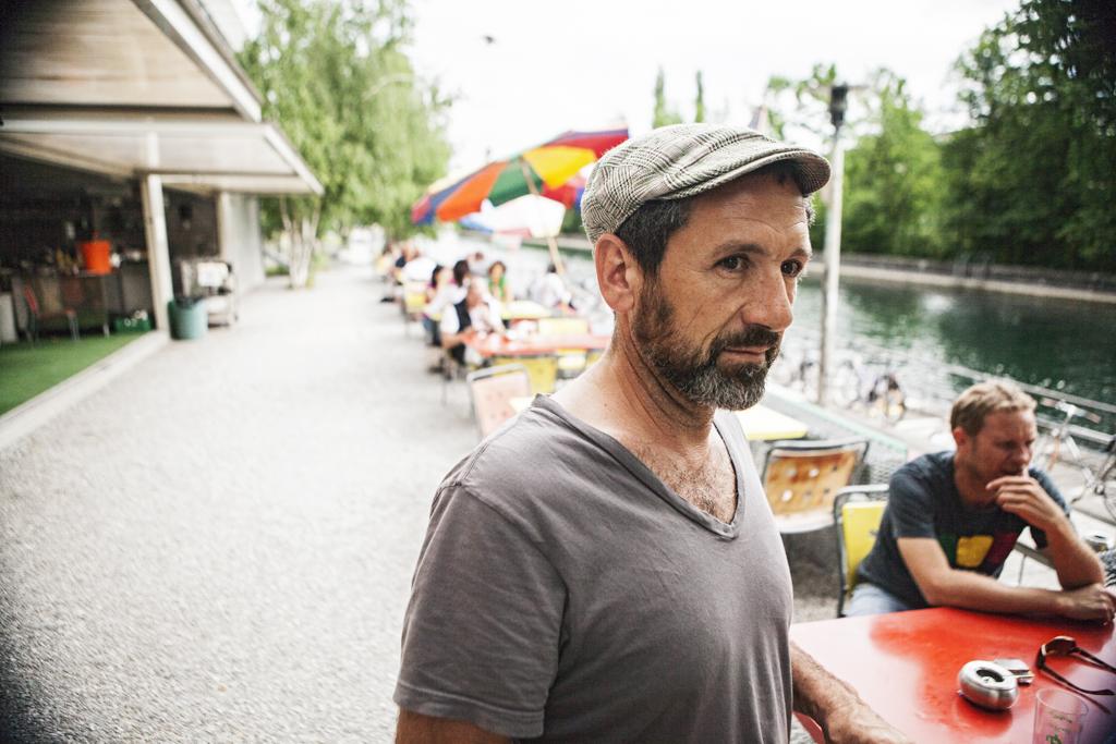 Stefan Tamò at a river in Zurich