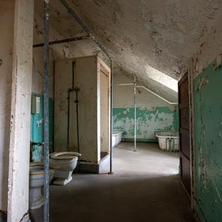Ward T Washroom