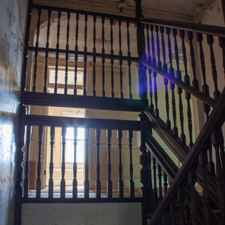 Bancroft Building, Suicide Wooden Staircase