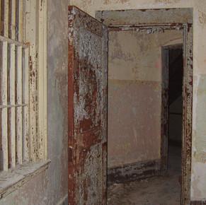 Door connecting Wards
