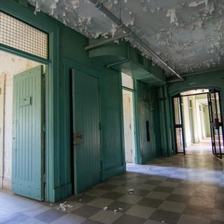 Male Nurse Dorm 1st Floor Hallway (West Hall)
